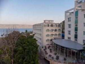 מלון בטבריה